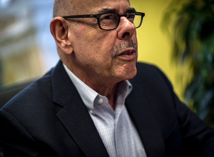 Reprepresentative Henry Waxman served as the U.S. Representative for California's 33rd congressional district from 1975 until 2015.