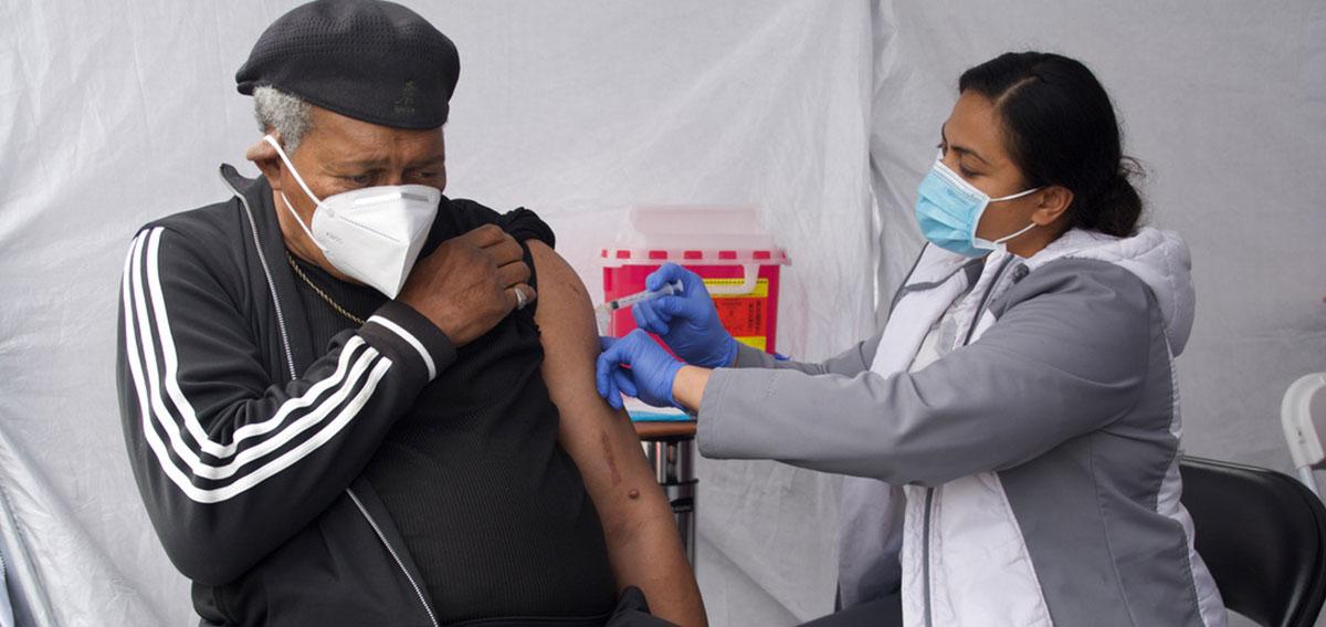 Rev. Johnnie Clark gets vaccination